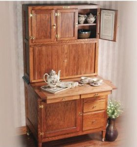 Before The Advent Of Modern Kitchen Liances And Cabinetry Iconic Hoosier Cabinet Was A Staple In American Kitchens